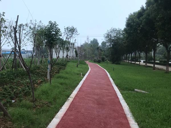 沙河市建设北路游园